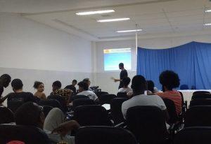 Danilson Ivandro Gonçalves da Veiga, desenvolveu pesquisa de Iniciação Científica PIBIC/Unilab (2015/2016). Tema de trabalho: cosmopolítica e descolonização do pensamento em Frantz Fanon.